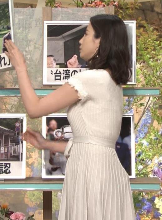 森川夕貴アナ 横乳が際立つキャプ画像(エロ・アイコラ画像)