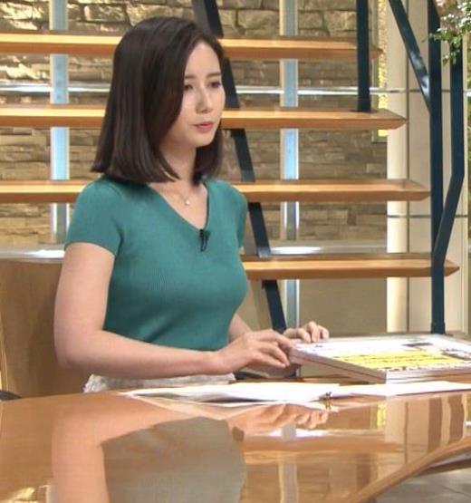 森川夕貴アナ またおっぱいがエロい服を着てるキャプ画像(エロ・アイコラ画像)