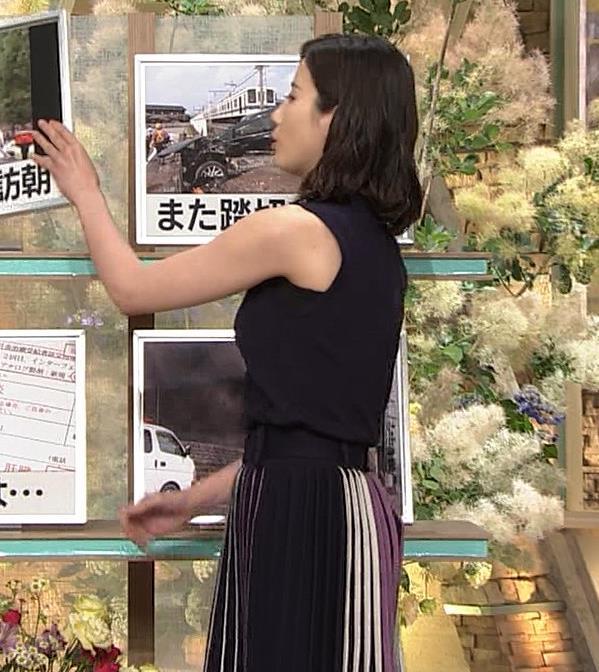 森川夕貴アナ 黒いノースリーブキャプ・エロ画像2