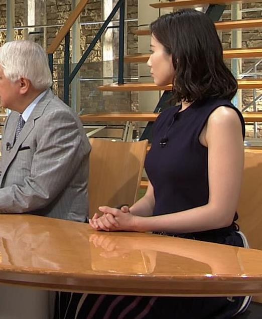 森川夕貴アナ 黒いノースリーブキャプ・エロ画像11
