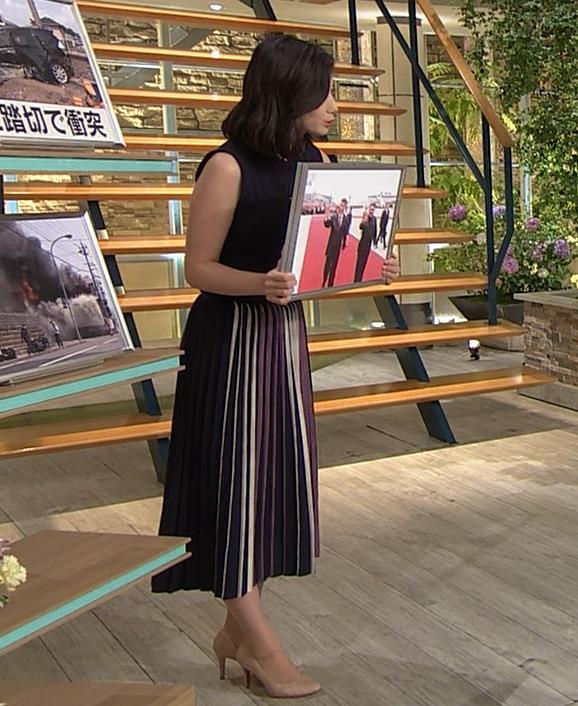 森川夕貴アナ 黒いノースリーブキャプ・エロ画像4