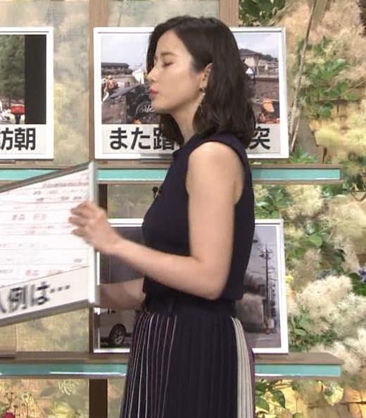 森川夕貴アナ 黒いノースリーブキャプ・エロ画像5