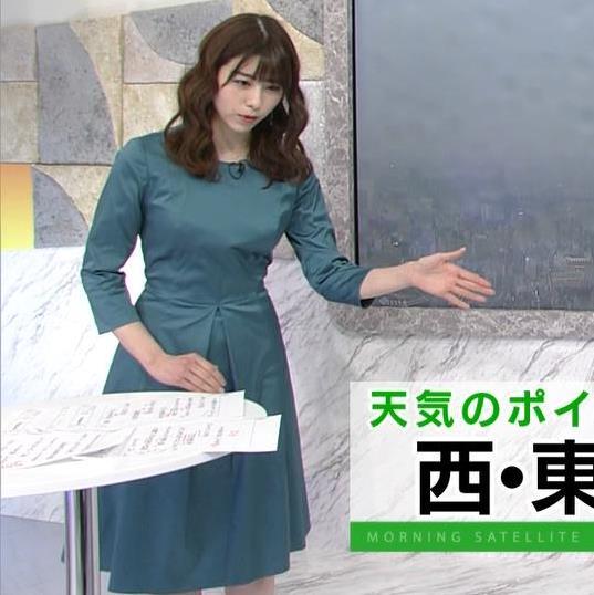 森山るり 巨乳パツパツ衣装キャプ・エロ画像4