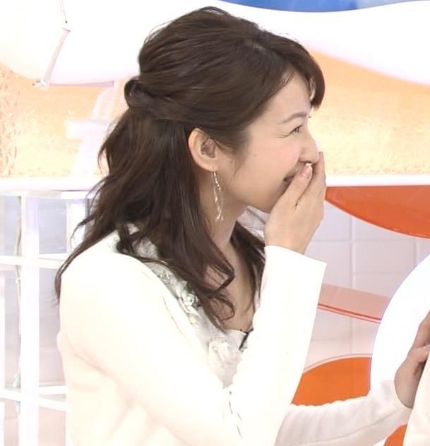 長野美郷アナ めざましどようび卒業回はちょっと胸元がエロいキャプ・エロ画像7