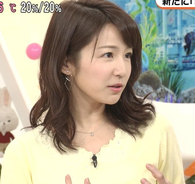 長野美郷アナ 黒ストッキング♡キャプ・エロ画像6