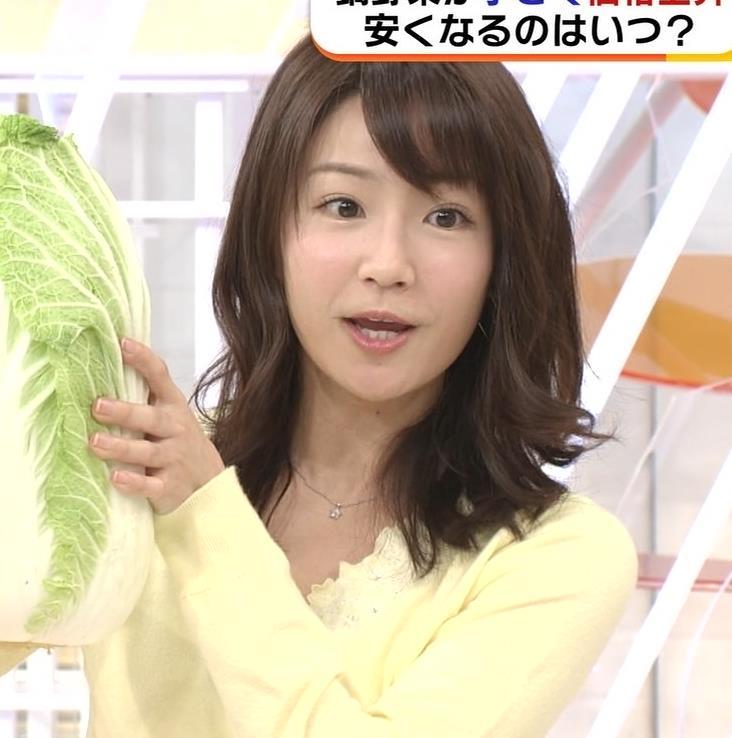 長野美郷アナ 黒ストッキング♡キャプ・エロ画像8