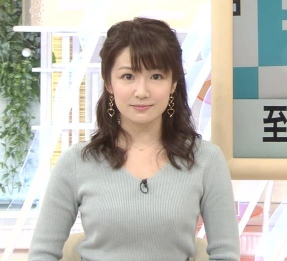 長野美郷アナ 胸のふくらみがいい感じのニットおっぱい♡キャプ・エロ画像11
