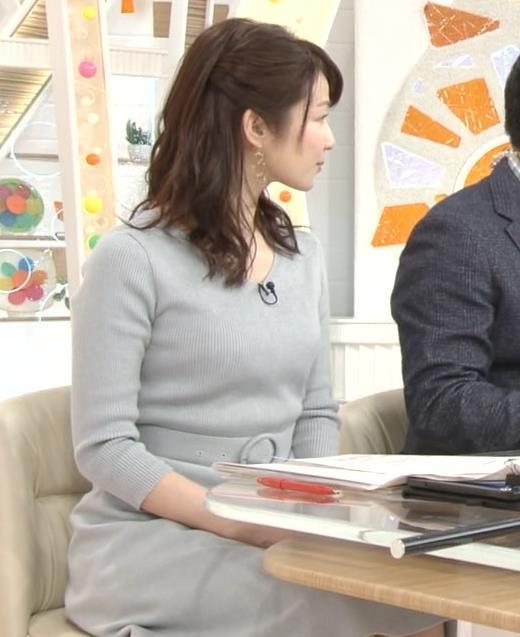 長野美郷アナ 胸のふくらみがいい感じのニットおっぱい♡キャプ・エロ画像15