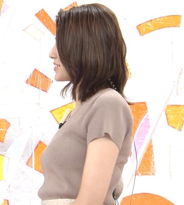 永島優美アナ 横乳キャプ・エロ画像4