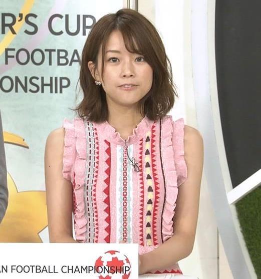 中川絵美里アナ かわいいノースリーブキャプ・エロ画像3