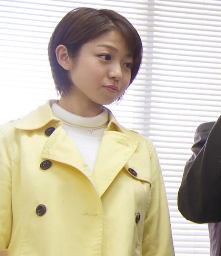 中村静 サスペンスドラマで乳揺れ(GIF動画)キャプ・エロ画像11