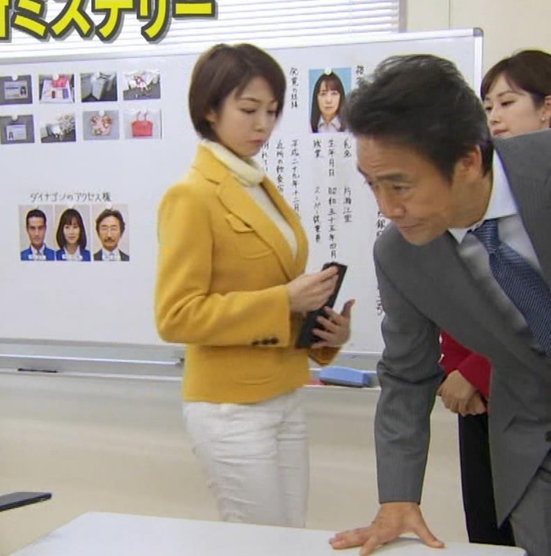 中村静 サスペンスドラマで乳揺れ(GIF動画)キャプ・エロ画像17