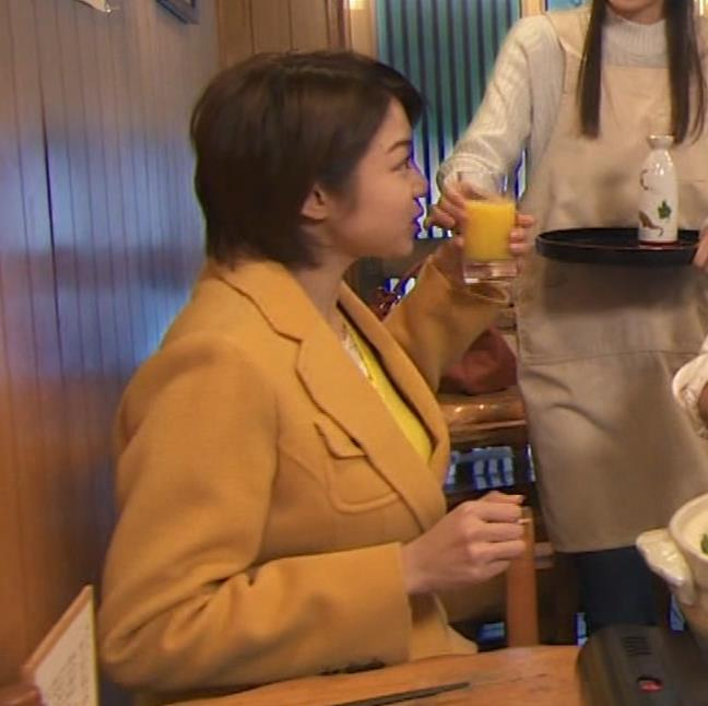 中村静 サスペンスドラマで乳揺れ(GIF動画)キャプ・エロ画像21