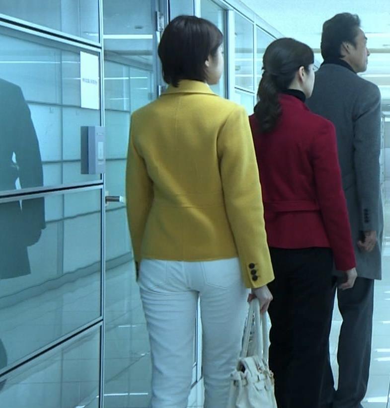 中村静 サスペンスドラマで乳揺れ(GIF動画)キャプ・エロ画像7