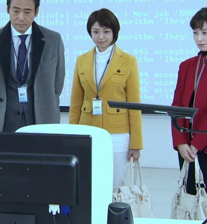 中村静 サスペンスドラマで乳揺れ(GIF動画)キャプ・エロ画像8