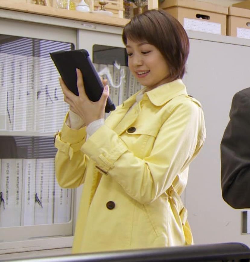 中村静 サスペンスドラマで乳揺れ(GIF動画)キャプ・エロ画像10