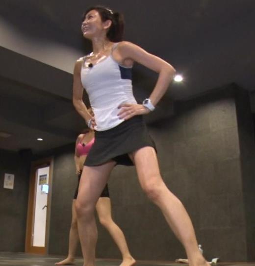 中島史恵 ヨガのエロい衣装キャプ画像(エロ・アイコラ画像)