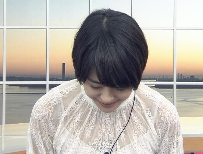 夏目三久 透け透けレース衣装キャプ・エロ画像