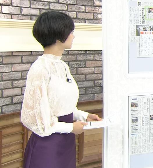 夏目三久 透け透けレース衣装キャプ・エロ画像2