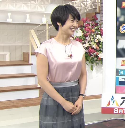 夏目三久アナ エロい横乳キャプ・エロ画像3