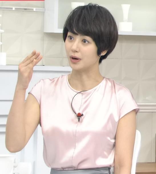 夏目三久アナ エロい横乳キャプ・エロ画像4