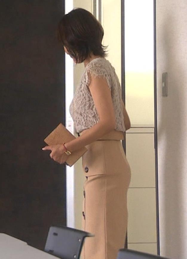 夏菜 横乳と横尻キャプ・エロ画像3