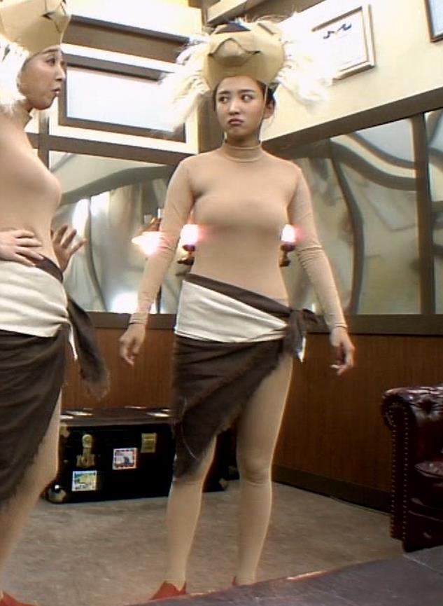 夏菜 肌色の全身タイツで巨乳がエロ過ぎキャプ・エロ画像5