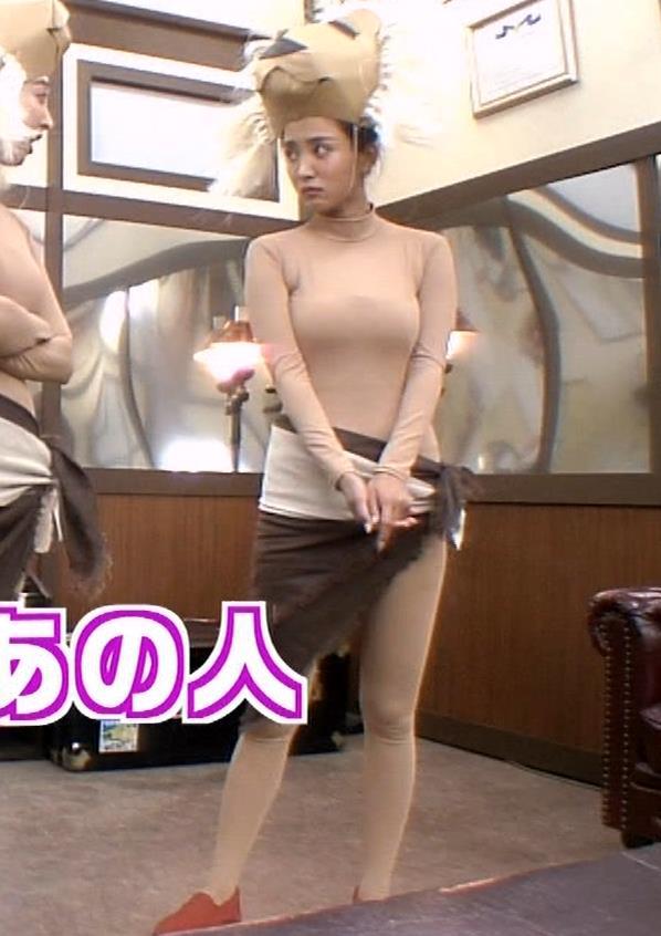 夏菜 肌色の全身タイツで巨乳がエロ過ぎキャプ・エロ画像6