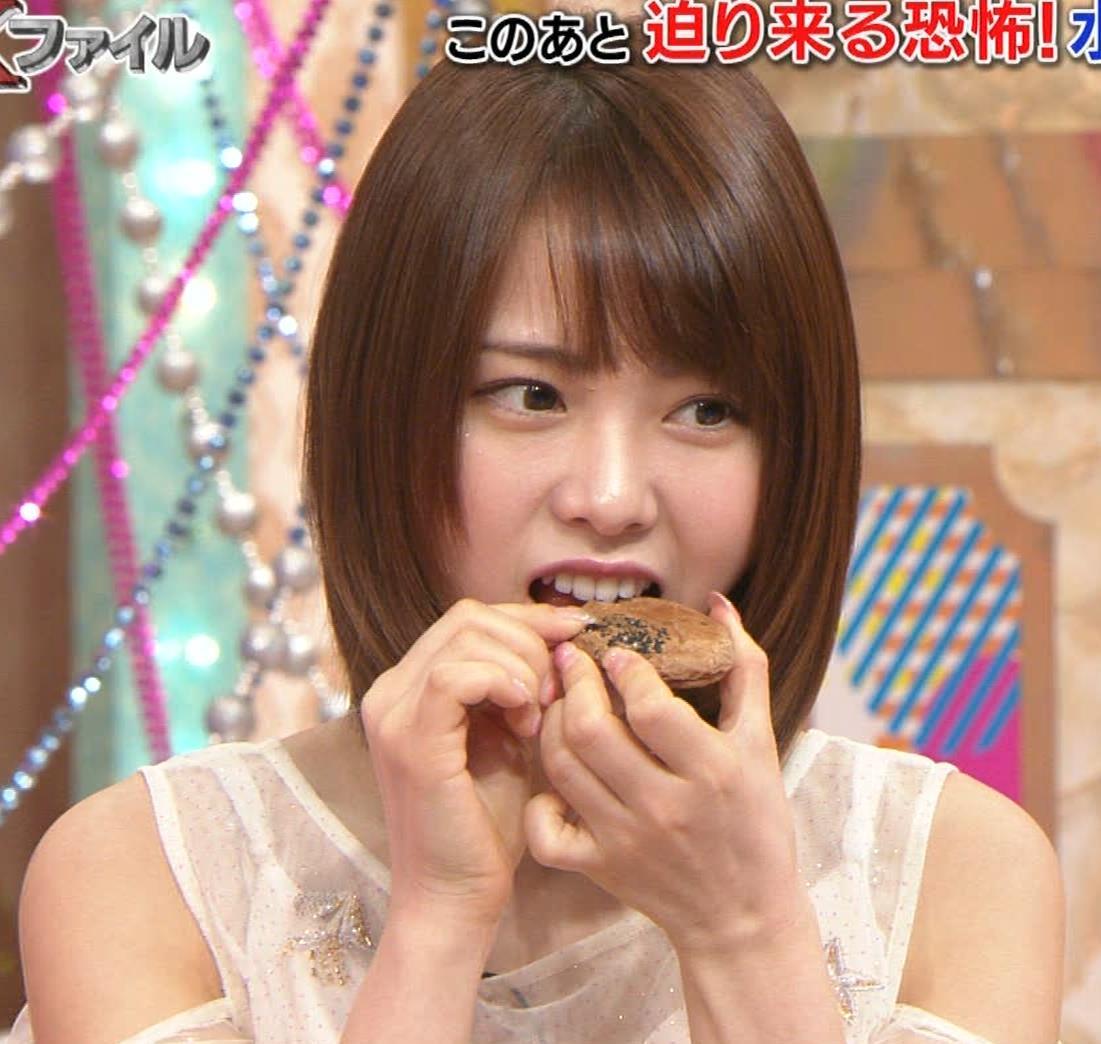 西村歩乃果 すごくかわいいアイドルの食べるところキャプ・エロ画像8