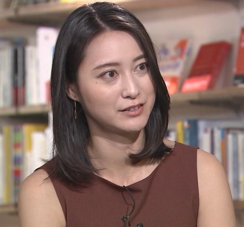 小川彩佳 エロいインタビューキャプ・エロ画像3