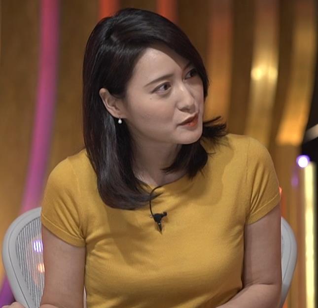 小川彩佳アナ ピチピチ衣装の横乳キャプ・エロ画像12