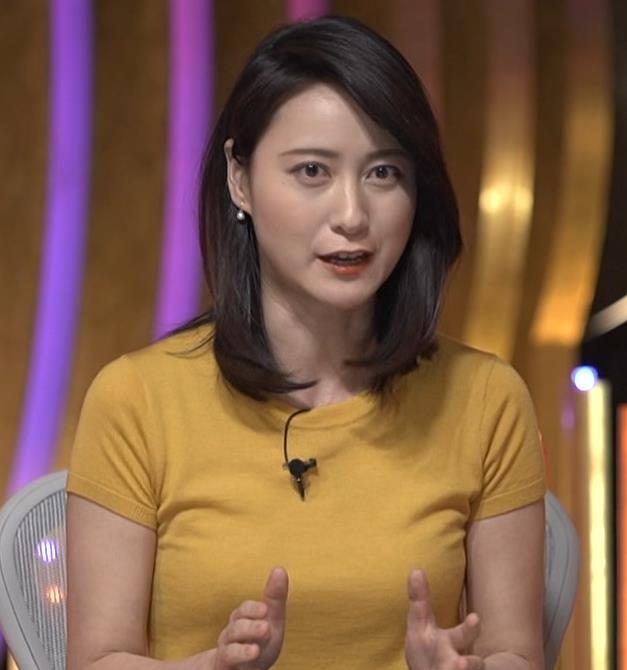 小川彩佳アナ ピチピチ衣装の横乳キャプ・エロ画像13