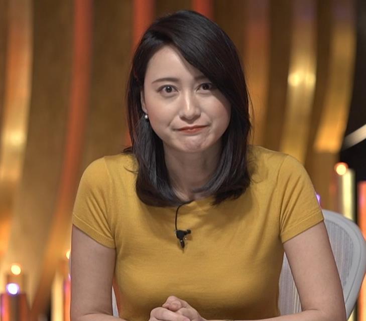 小川彩佳アナ ピチピチ衣装の横乳キャプ・エロ画像14