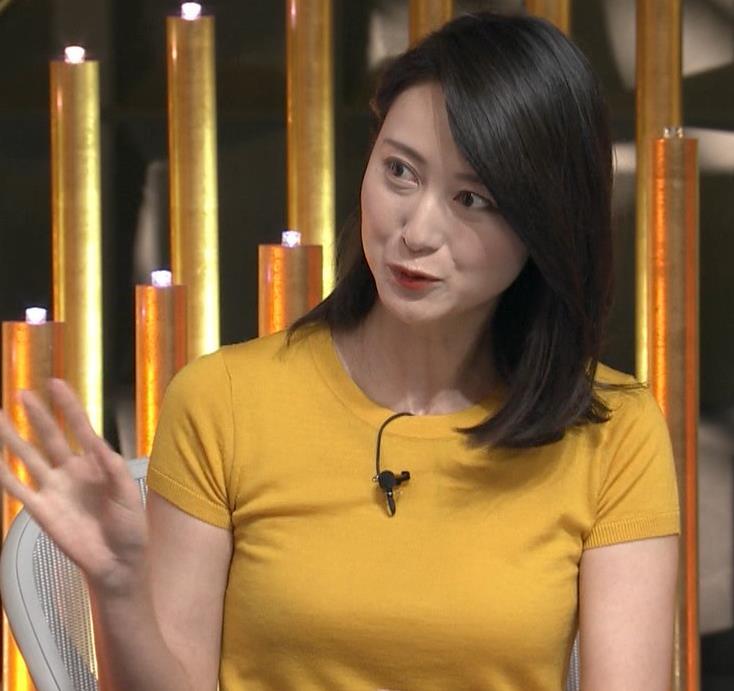 小川彩佳アナ ピチピチ衣装の横乳キャプ・エロ画像9