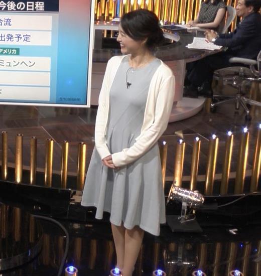 小川彩佳 おっぱいのラインがエロいキャプ画像(エロ・アイコラ画像)