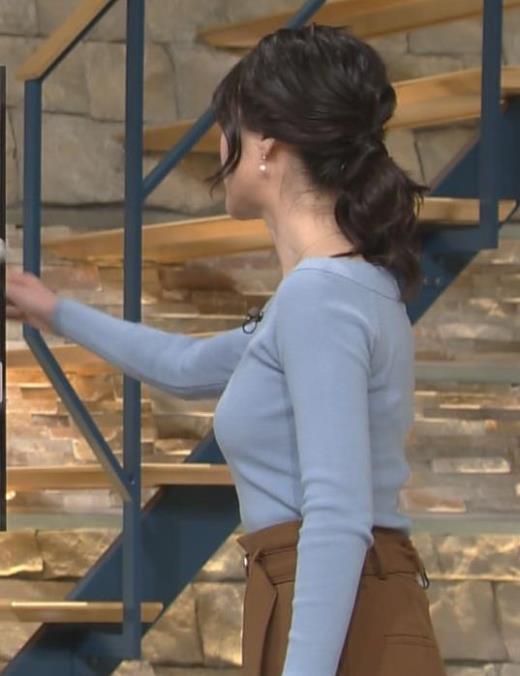 小川彩佳 横乳がエロ過ぎの報道ステーションキャプ画像(エロ・アイコラ画像)