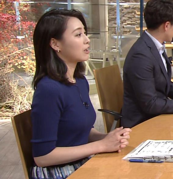 小川彩佳アナ ぴったりニットでクッキリお胸キャプ・エロ画像5