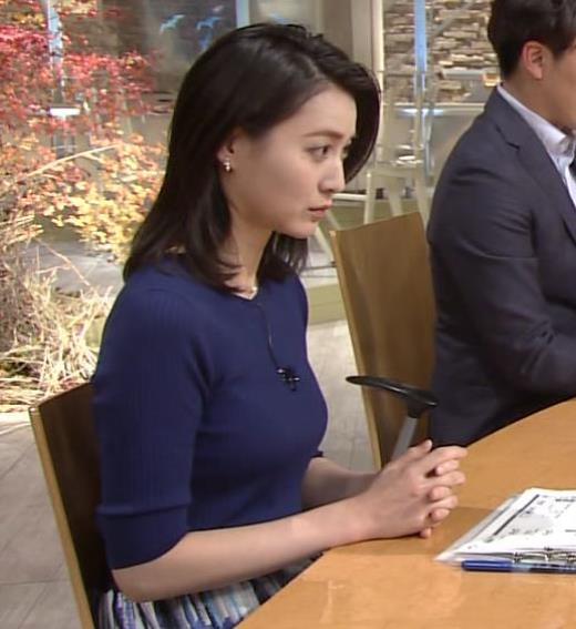 小川彩佳 ぴったりニットでクッキリお胸キャプ画像(エロ・アイコラ画像)