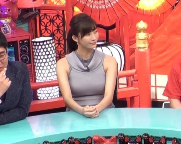 小倉優香 「水曜日のダウンタウン」でおっぱいを強調してたよキャプ・エロ画像5