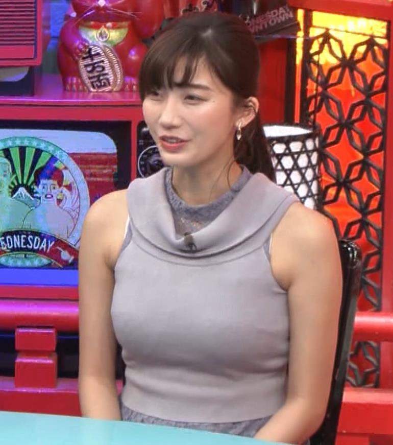 小倉優香 「水曜日のダウンタウン」でおっぱいを強調してたよキャプ・エロ画像8