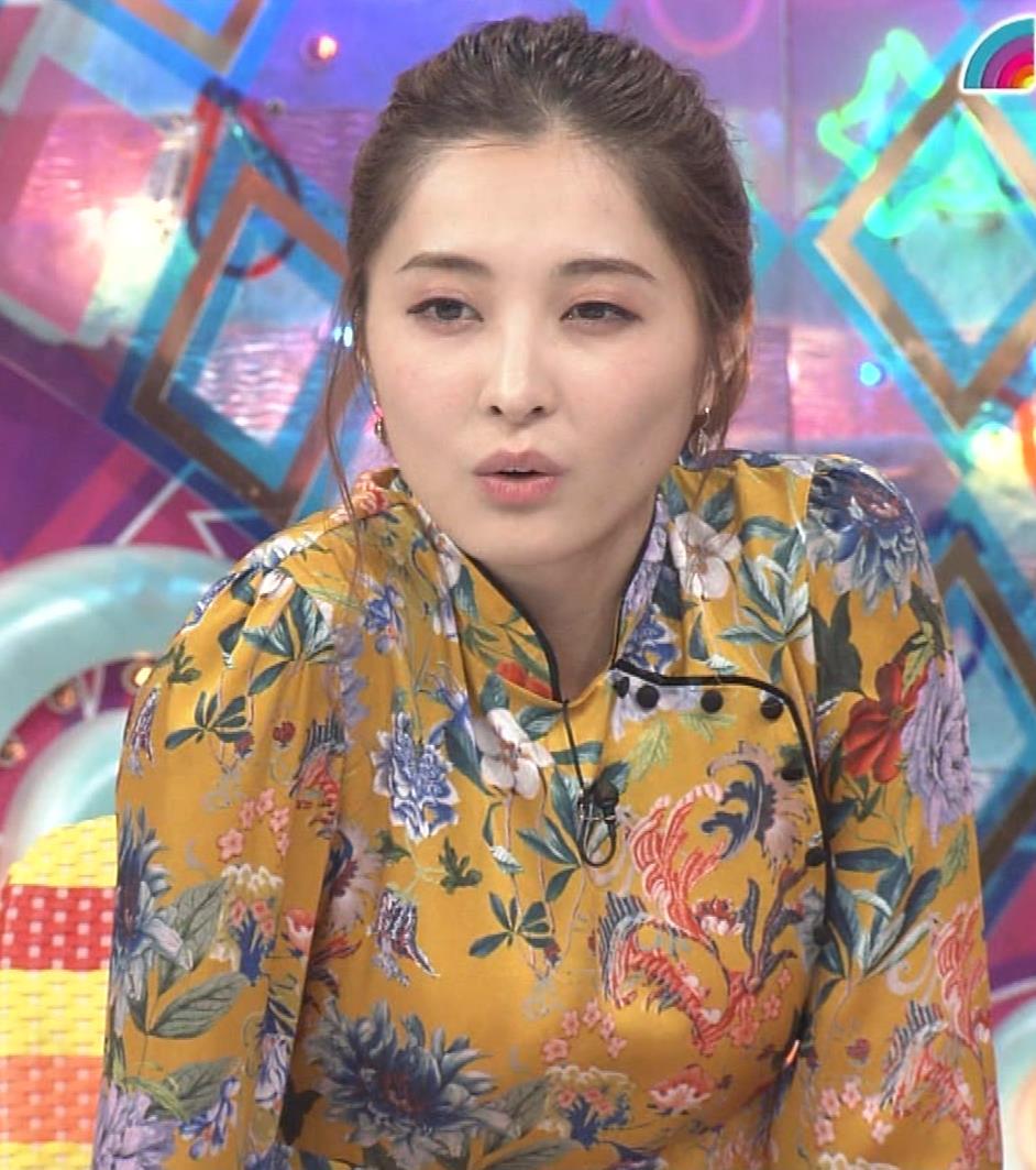 大石絵理 ミニスカ生足「アメトーーク!」キャプ・エロ画像7