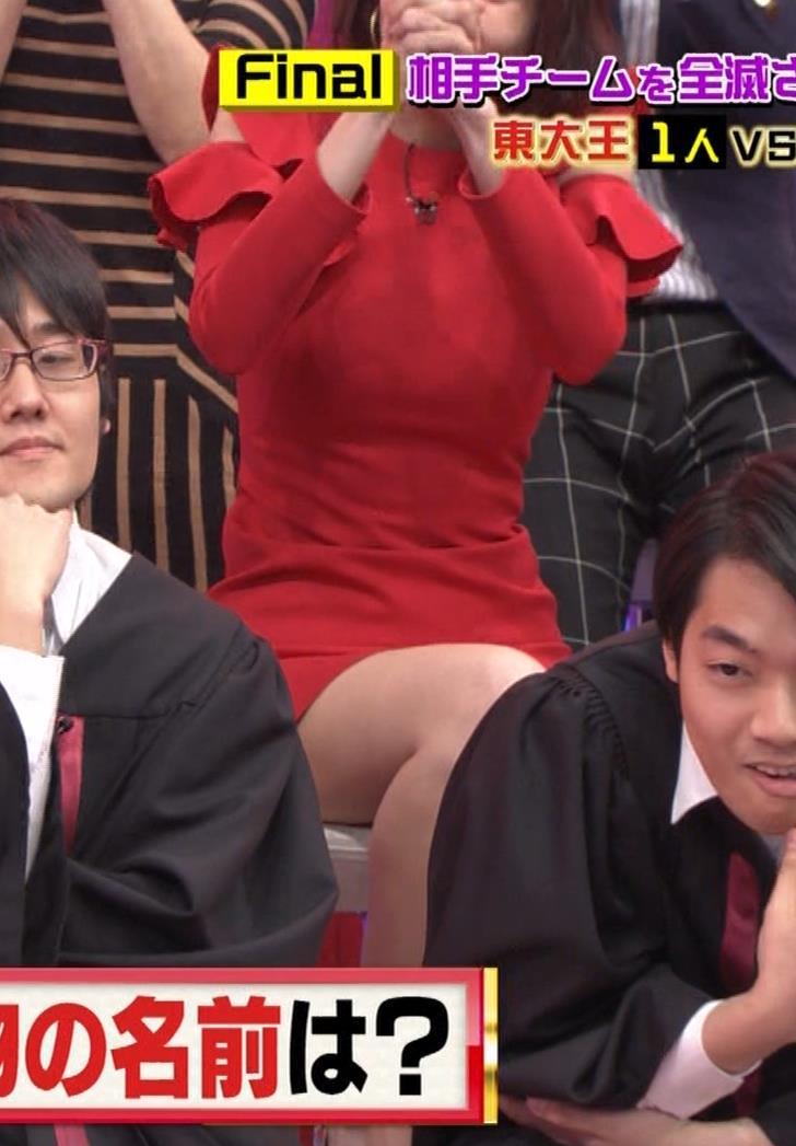 岡田紗佳 クイズ番組でもエロい衣装キャプ・エロ画像21