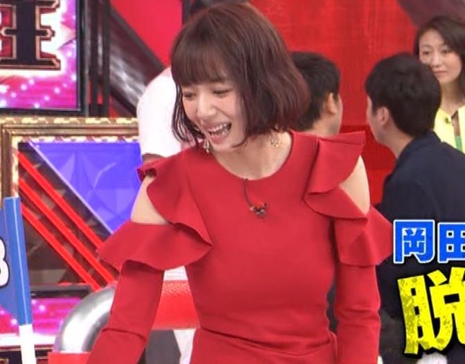 岡田紗佳 クイズ番組でもエロい衣装キャプ・エロ画像6