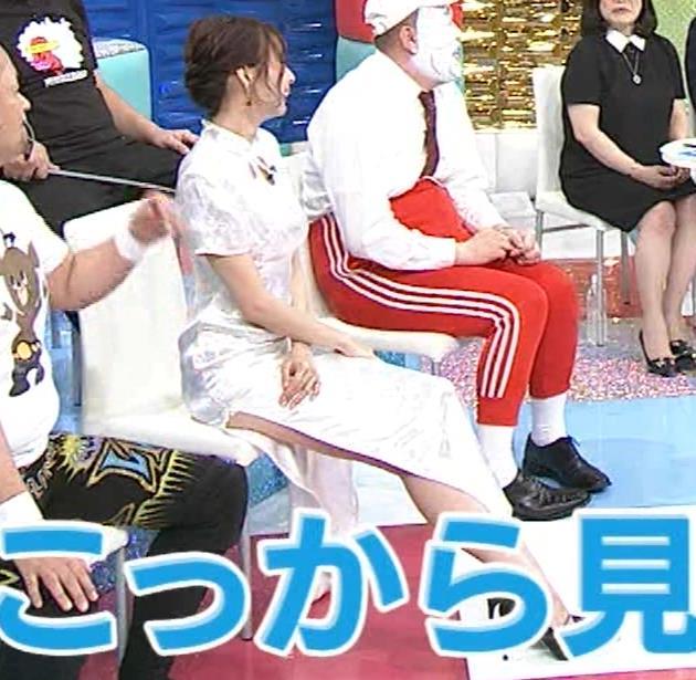 岡田紗佳 大きくスリットが入ったチャイナドレス姿キャプ・エロ画像2