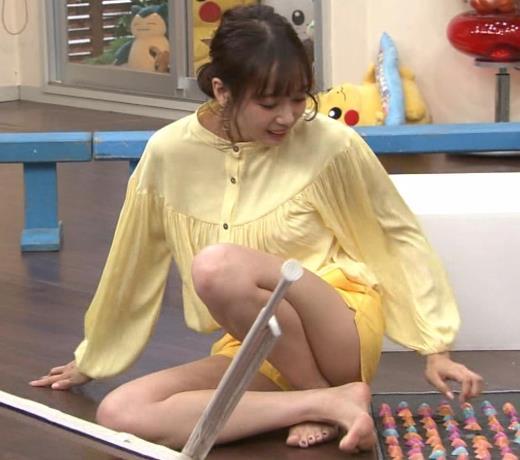 岡田紗佳 脚がエロいキャプ画像(エロ・アイコラ画像)