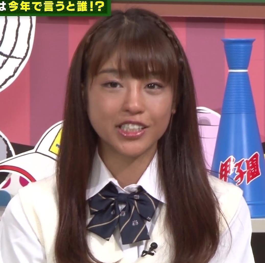 岡副麻希 今年は特に黒すぎる…キャプ・エロ画像5