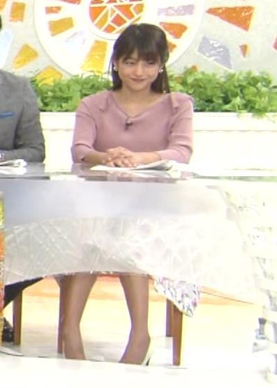 岡副麻希 ブラ紐がチラりしてるキャプ・エロ画像3