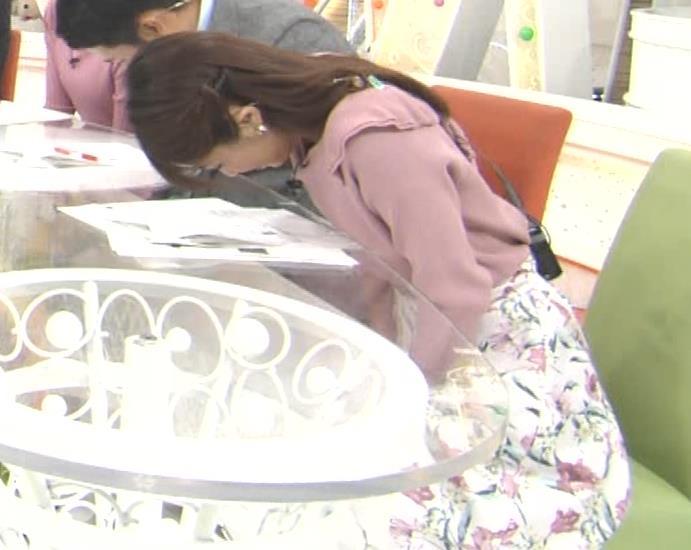 岡副麻希 ブラ紐がチラりしてるキャプ・エロ画像6