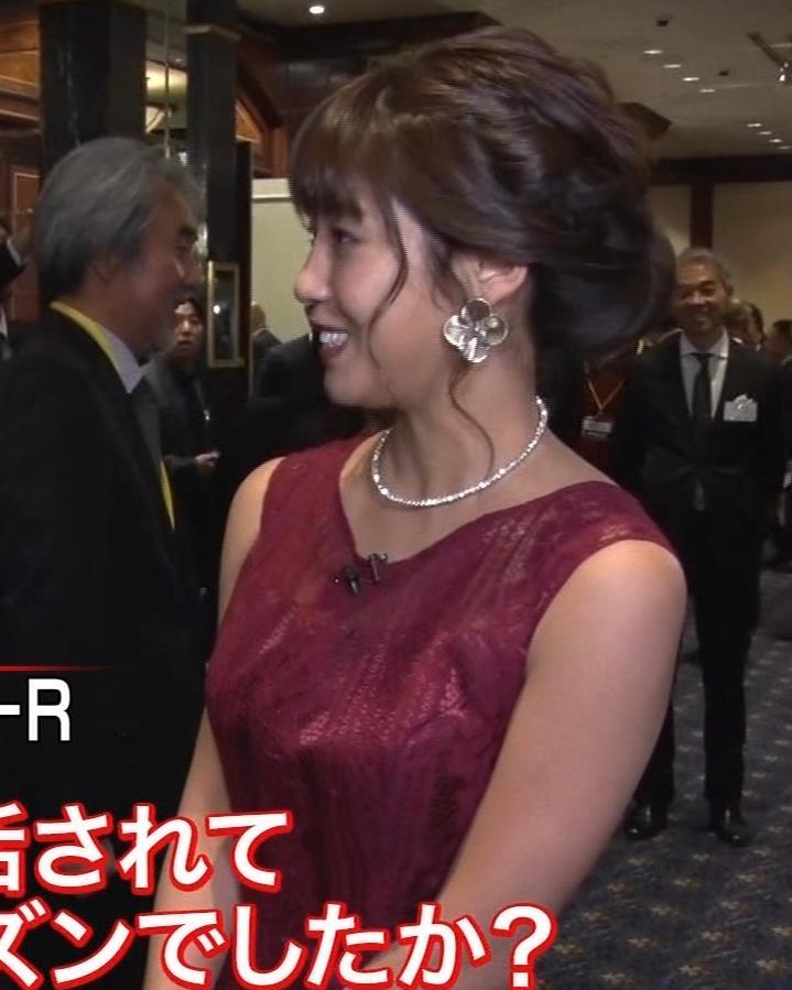 岡副麻紀 ドレス盛り乳、エロワキキャプ・エロ画像12