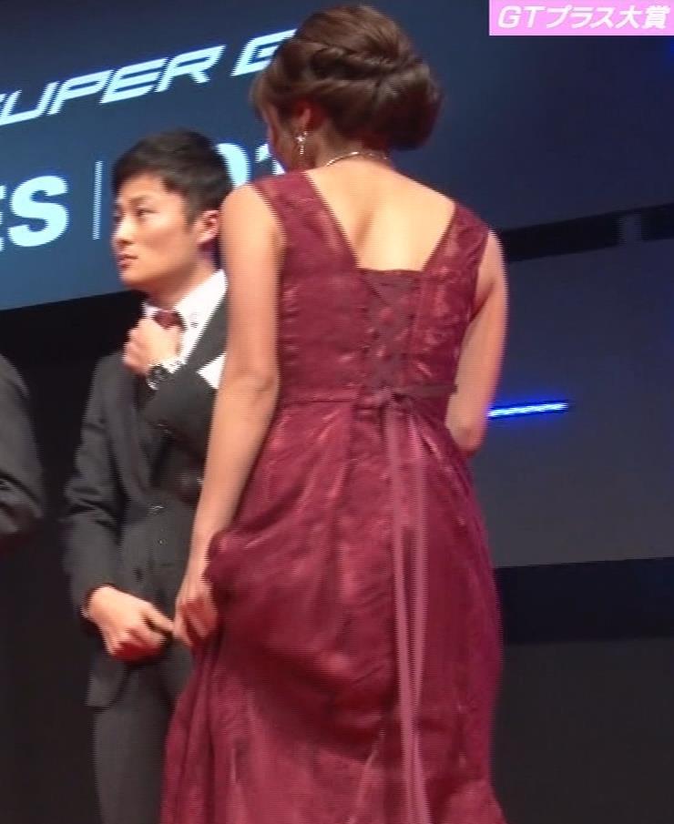 岡副麻紀 ドレス盛り乳、エロワキキャプ・エロ画像15